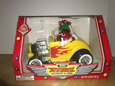 M M REBEL WITHOUT A CLUE YELLOW CAR CANDY DISPENSER LIMITED EDITION MINT