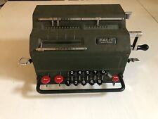 ancienne machine a calculer FACIT