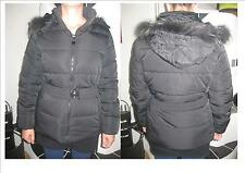 Super Winterjacke in schwarz mit Kaputze Gr. L = ca 38/40   NEU 2