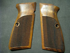 Browning High Hi Power Fine English Walnut Checkered Pistol Grips Beautiful NEW!