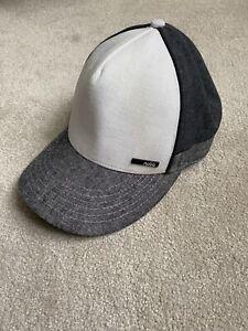 Nobis Cap hat Grey White Block Colour