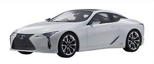 Kyosho samurai 1/18 Lexus LC 500 h White Resin Model KSR18024W NEW