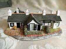 Lilliput Lane L2225 World Famous Blacksmith Shop- Gretna Green with deed, Nib
