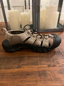 New Men's Keen Newport H2 Sport/Water Sandal Taupe/black US 9