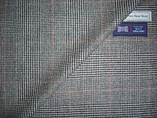 100% PURE WOOL CLASSIC JACKETING/COATING FABRIC - MADE IN ENGLAND - 2.46 m.