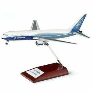 Boeing 767-300ER Plastic Airplane / Aeroplane Model - Scale 1:200