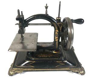 1880's Guhl & Harbeck Original Hand Crank German Sewing Machine Cast Iron