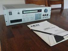 Akai S950 Professional MIDI Digital Sampler