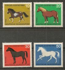 STAMP / TIMBRE ALLEMAGNE GERMANY SERIE N° 441 A 444 ** CHEVAUX