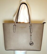 MICHAEL MICHAEL KORS JET SET TRAVEL TZ MEDIUM MULTIFUNCTION DARK DUNE TOTE BAG