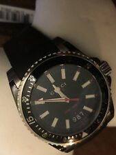 Gucci Dive YA136303 Gents Black Rubber 40mm Stainless Steel Case Date Watch