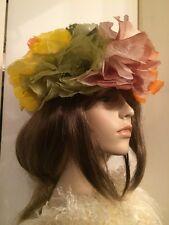 "Amazing! 50's SCHIAPARELLI PARIS Green Lace Hat with Silk Organza Flowers Sz 21"""