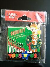 TOYS R US Geoffrey NYC Radio City Christmas Spectacular Employee Pin New