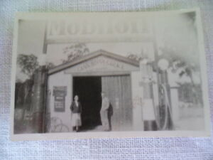 VINTAGE ORIGINAL 1930s OLD PHOTO MOBIL OIL GARAGE CANN RIVER VICTORIA AUSTRALIA