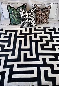 Geometric Black and White Blanket Labyrinth Maze Throw Warm Plush Flannel Winter