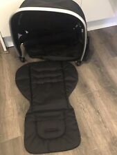 EX DISPLAY OYSTER LITE COLOUR PACK BLACK HOOD & SEAT LINER