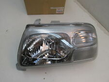 2004-2005 Suzuki Grand Vitara OEM Left Headlight Lamp 35320-65DA0