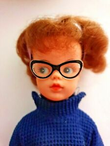 Sindy clothes Fashion doll size Black Rockabilly style Reading Glasses 1:6