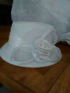 Women's Special Occasion Hat w/silky satin Double Rose Corsage,One Size, white