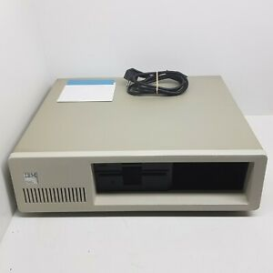 IBM 5150 Personal Computer. Boots from 5.25 diskdrive. MDA. Tested and Working