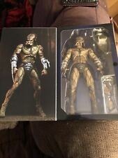 NECA The Predator Assassin Predator Deluxe Action Figure