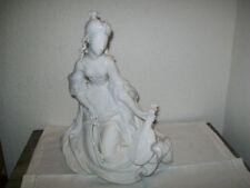 Esculturas decorativas de color principal blanco porcelana para el hogar