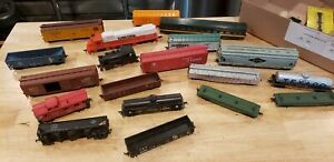 Lot of HO scale train cars and 2 locomotives