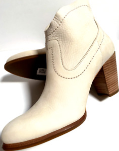 NIB~UGG W SZ 9.5~WESTERN CHARLOTTE~PEARL/CREAM SOFT LEATHER ANKLE BOOT~1007076