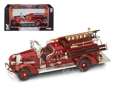 1938 AHRENS FOX VC FIRE ENGINE RED 1/43 DIECAST MODEL BY ROAD SIGNATURE 43003