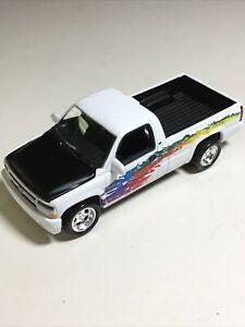 JOHNNY LIGHTNING 1:64 Loose 2000 Chevy Chevrolet Silverado Pickup Truck