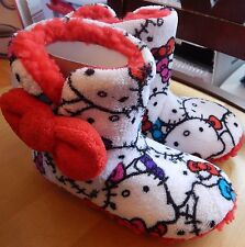 Sanrio Hello Kitty Girl's Slippers Size 13/1