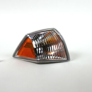 Turn Signal / Parking Light Assembly Right,Front Right fits 07-09 Jeep Compass