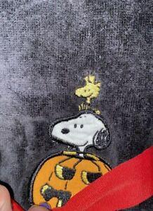 Peanuts Halloween 2 Black Hand Towels Snoopy Woodstock Jack O Lantern Pumpkin
