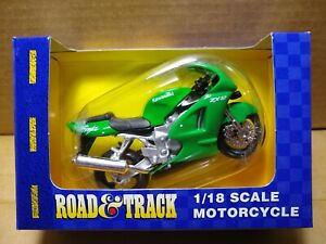 MAISTO Road & Track - 1/18 Scale Motorcycle Green Kawasaki Ninja ZX12 Sport Bike