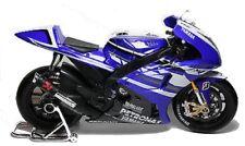 Motorrad Modell 1:10 Yamaha Factory Racing Nr. 11 blau von Maisto 31194