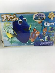 Disney -Pixar Finding Dory 7 Wood puzzles with tray and storage box,