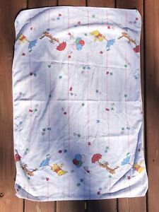 Disney early 90's VINTAGE Winnie the pooh receiving blanket Clean (no stains)