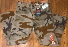 NWT Dockers Camo Pants Alpha Collection Slim Tapered Fit Khaki Mens 28 x28
