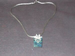 Suarti silver pendant and necklace