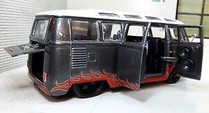 VW Split Screen T1 Samba Rat Rod Lowered Van Maisto 1:24 Scale Diecast Model Car