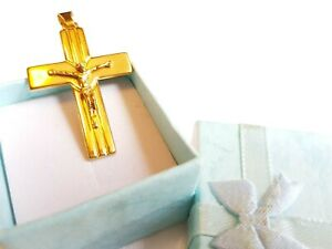 9ct Solid Yellow Gold Crucifix