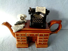 """** MYSTERIOUS """"MURDER AT THE GRANGE"""" CRIMEDESK CARDEW TEAPOT ** EXCELLENT CON **"""