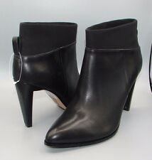 """AZIZI POZEU "" Clark's Women's Black Leather Boots size UK 7 D."