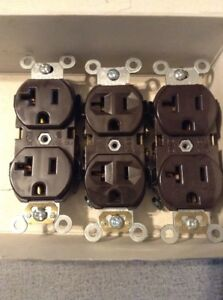 NEW Lot of 3 LEVITON 5352 Brown Duplex Receptacle 20A 125V 2P 3W NEW SELF GROUND