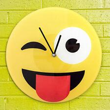 Orologio Da Parete In Vetro Emoticon Emotion Emoji 30 Cm Occhiolino Linguaccia