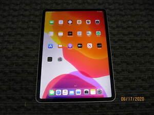 Apple iPad Pro 11 in 64GB, Wi-Fi,  - Silver GRADE C