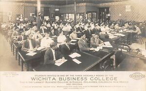 H56/ Wichita Kansas RPPC Postcard c1911 Business College Students Interior