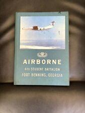 AIRBORNE 4TH STUDENT BATTALION FORT BENNING GEORGIA JULY 1971 GRADUATION BOOK