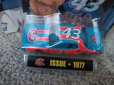 RACING CHAMPIONS RICHARD PETTY STP 5 DECADES OF PETTY 1/64 1977  DODGE CHARGER