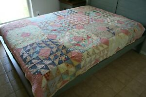 ANTIQUE Early 1900s PRIMITIVE QUILT Ocean Waves Patchwork FEEDSACK Calico NICE!